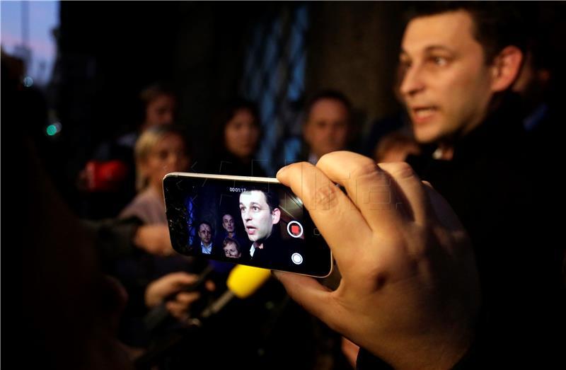 B. Petrov, psihijatar iz Metkovića, voli medijsku pažnju (foto HINA/Denis Cerić)