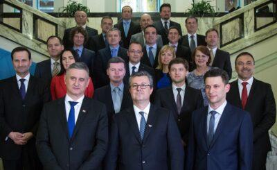 Hoće li ova raspadajuća skupina biti zapamćena kao najštetnija u povijesti malde hrvatske državefoto HINA/ Damir SENČAR