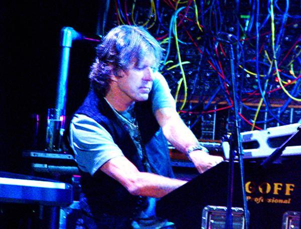 Keith Emerson (Wikipedia)
