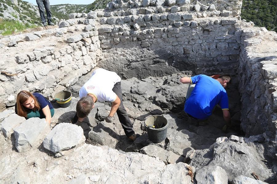 Prezentacija arheolođkog nalazišta - Park prirode Vransko jezero (Foto: Tris/H. Pavic)