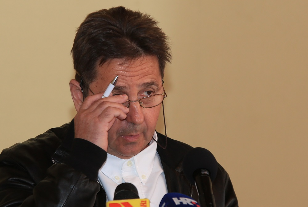 Nezavisni Stipe Petrina na današnjoj sjednici Županijske skupštine iznio je ozbiljna upozorenja koja će ponoviti za saborskom govornicom (Foto: Tris/H. Pavić)