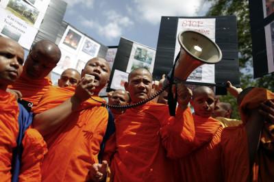 Budisti u Rakhineu prosvjeduju jer žele osnovati svoju vojsku!? (foto: islam.ru)