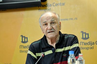Bata Živojinović (Wikipedia)