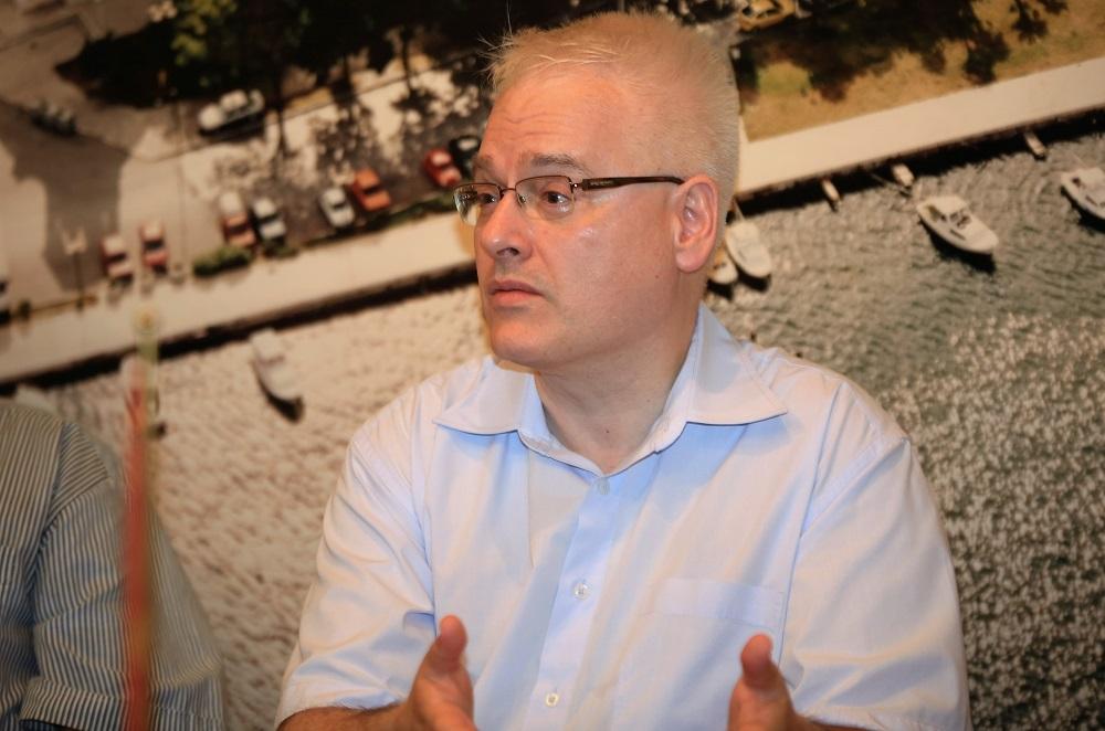 Dr. Ivo Josipović9