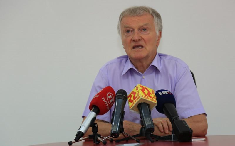 Jernej Čokl, predsjednik Uprave Impola na današnjoj konferenciji za novinare  (Foto: Tris/H. Pavić)