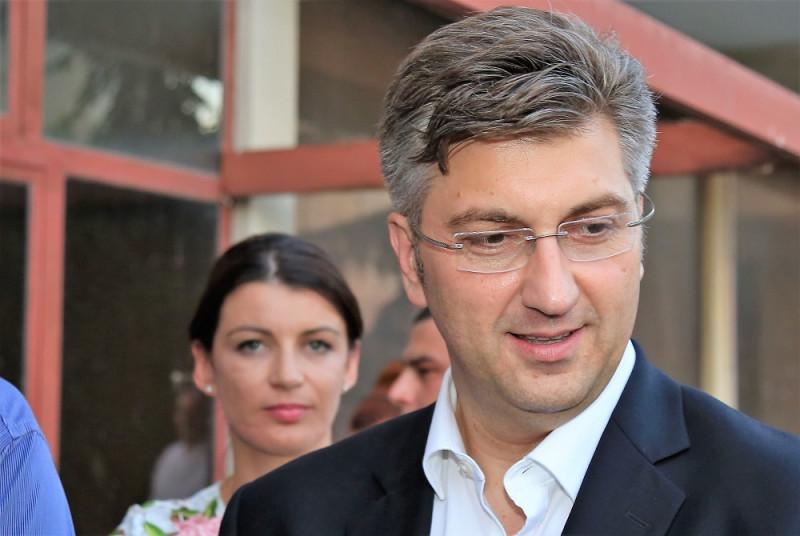 Andrej Plenković za nedavnog posjeta Šibeniku (Foto: Tris/H. Pavić)