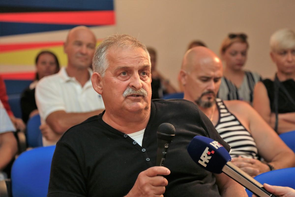 Joško Klarić na tribini Eruptivna obmana (Foto: Tris)