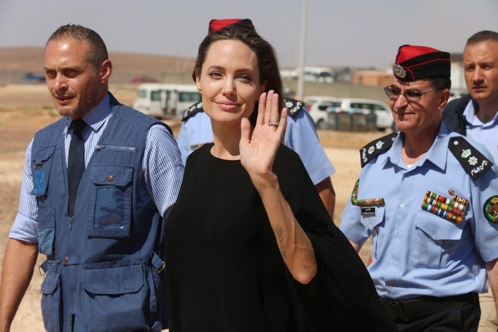 Jolie u Jordanu u izbjegličkom kampu - Hina/EPA/JAMAL NASRALLAH