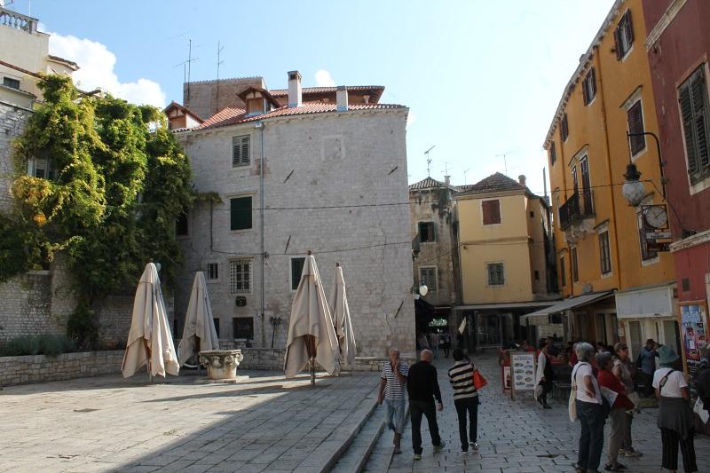 Palača Galbiani: Katedralni muzej izuo Šibenik iz cipela…