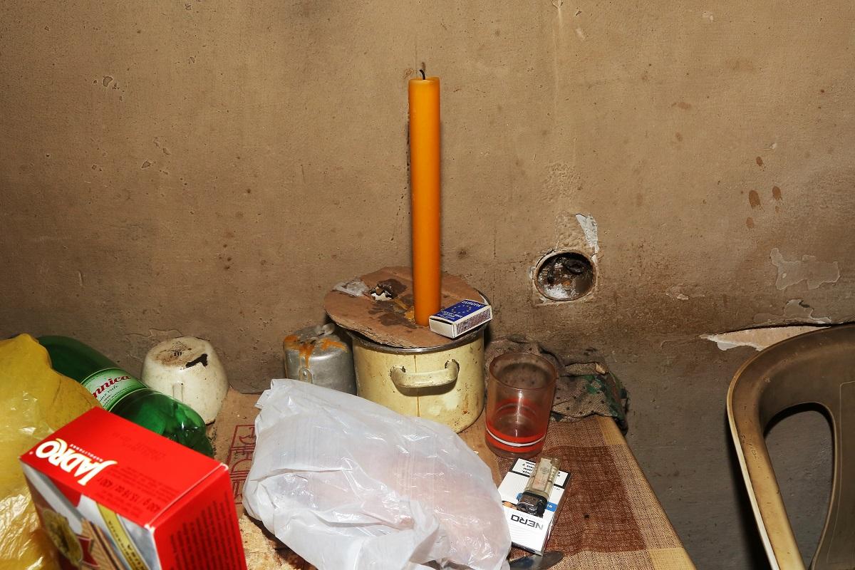Voštane svijeće i šibice (Foto: Tris/H. Pavić)