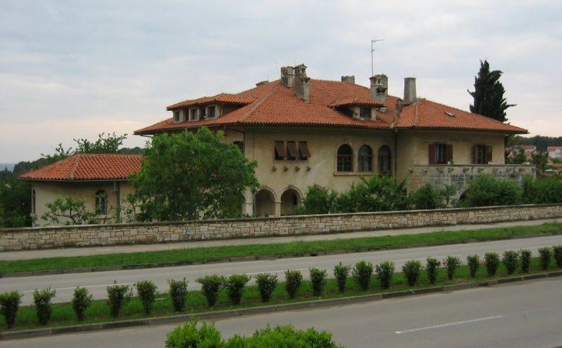 Vila Idola (foto: Panoramio)