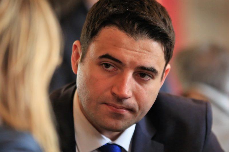 Intervju/Davor Bernardić, predsjednik SDP-a:   I Sandra Švaljek i Anka Mrak Taritaš su kvalitetne osobe, razgovaramo s obje