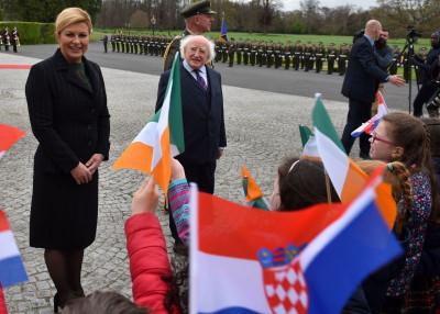 Ilustracija: - Irska, Irska... Hrvatska, Hrvatska... - predsjednica RH u posjeti Irskoj (foto: www.predsjednica.hr)