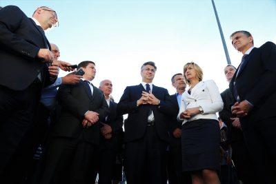 Političko-cestarski skup (foto TRIS/H. Pavić)