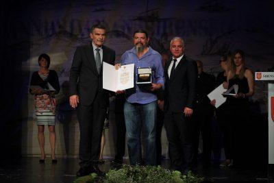 Srečko Kmetić s predsjednikom Županijske skupštine Nediljkom Dujićem i županom Goranom Paukom (Foto: Tris/H. Pavić)