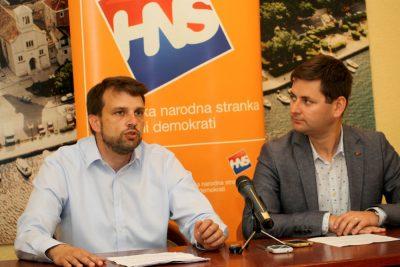 HNS: Županija neprimjereno puno troši na promidžbu i reprezentaciju, a premalo na školovanje mladih