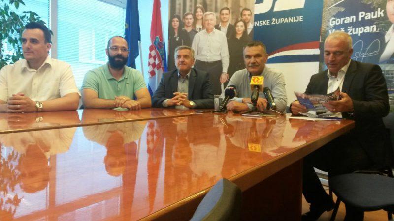 S današnje presice gradskih i županijskih izbornih pobjednika (Foto: TRIS)