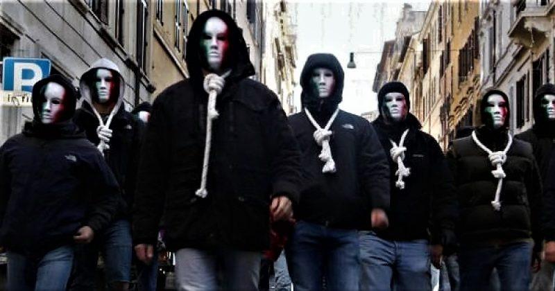 Maskirani 'junaci': Pripadnici neofašističke organizacije CasaPound (foto: printscreen)