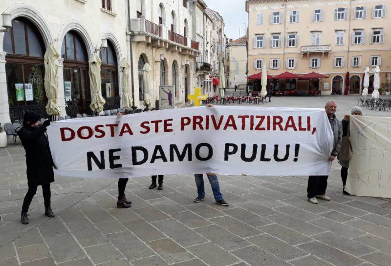 S prosvjeda 'Ne damo Pulu!'