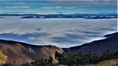 Sveto brdo u oblacima