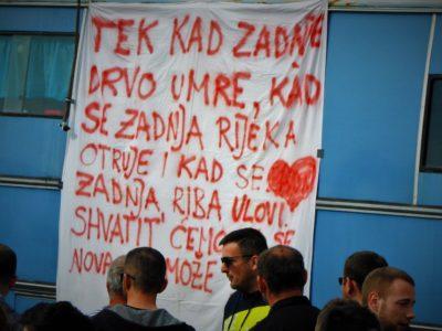 Prosvjedni autobus (foto TRIS/G. Šimac)
