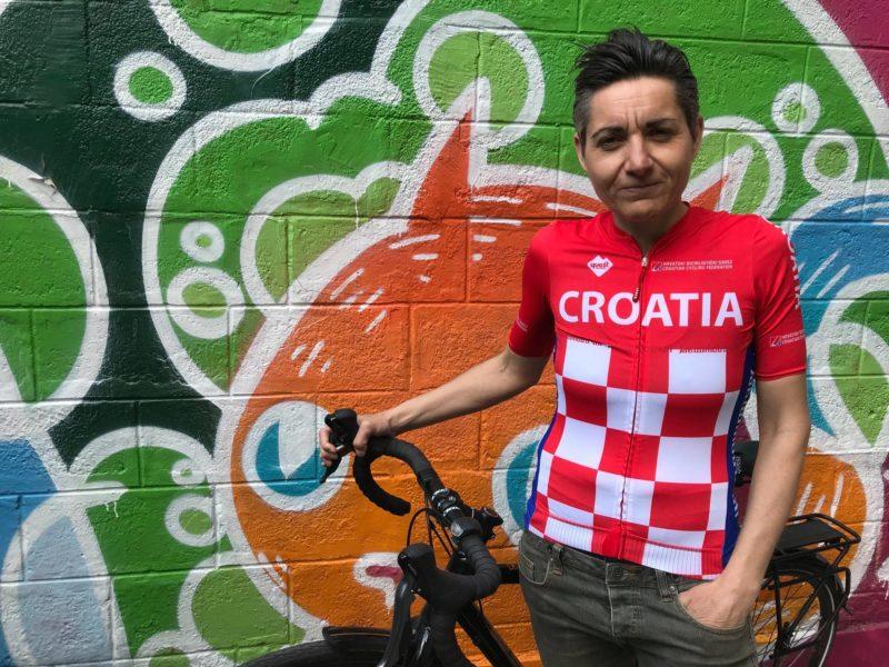 Mima Simić i bicikl