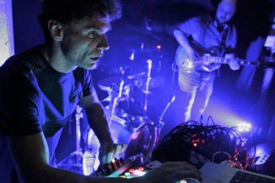 Foto: Fikcio Monger live u šibenskoj Kuglani; izvor: FB profil Kulturaljka