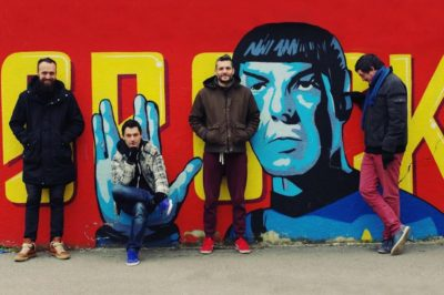 Chui i Spock u pozadini