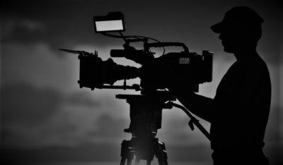 Ilustracija: snimatelj u mraku