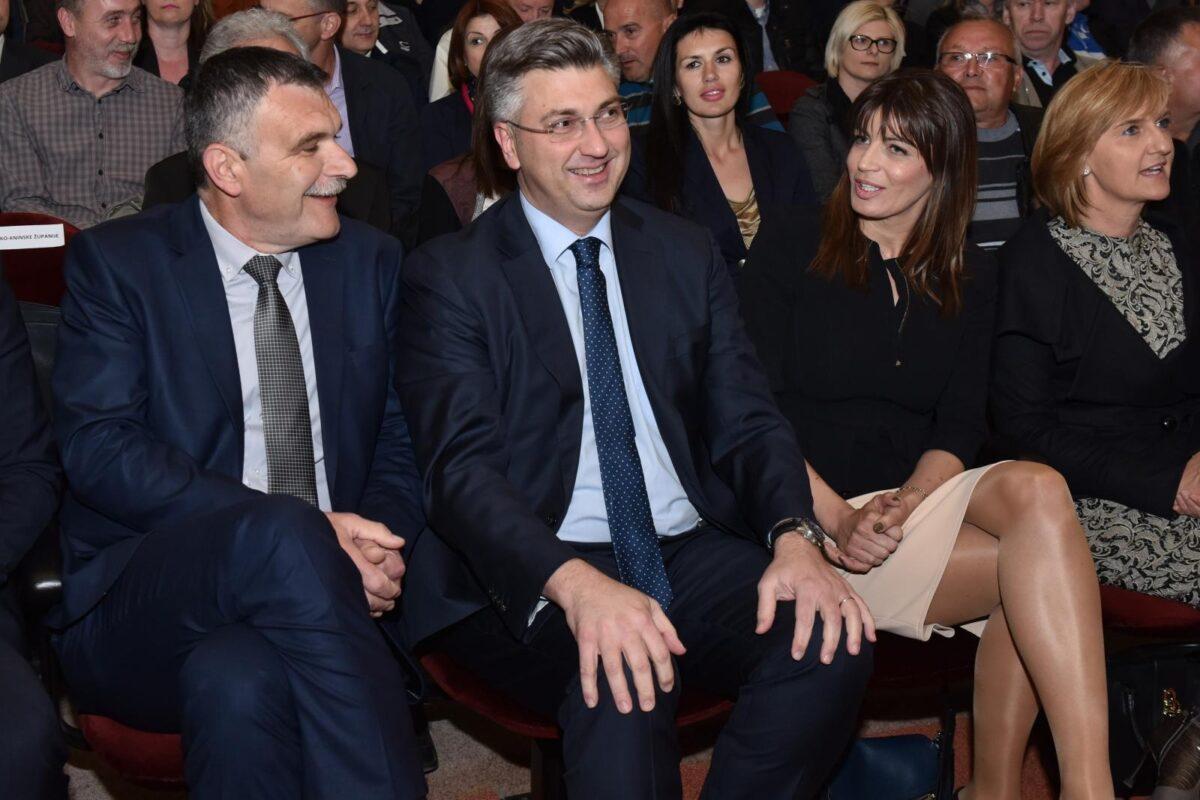 Plenković u pismu članstvu HDZ-a poručuje kako su s dokazano kvalitetnim kandidatima odlučni raditi za dobrobit Hrvatske: Sačuvaj nas bože tih kandidata i njihovog rada!