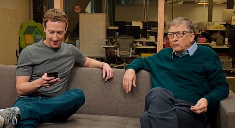 Mark Zuckerberg (lijevo) i Bill Gates (desno)Screenshot: YouTube