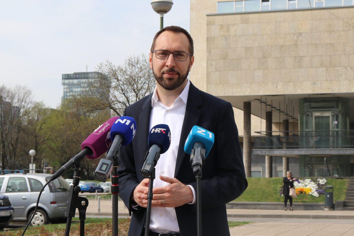 Povjerenstvo za odlučivanje o sukobu interesa, zbog imenovanja Uprave Zagrebačkog holdinga, odmah otvorilo predmet protiv Tomaševića
