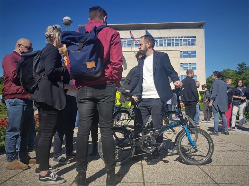 Tomislav Tomašević i bicikl (foto TRIS/G. Šimac)