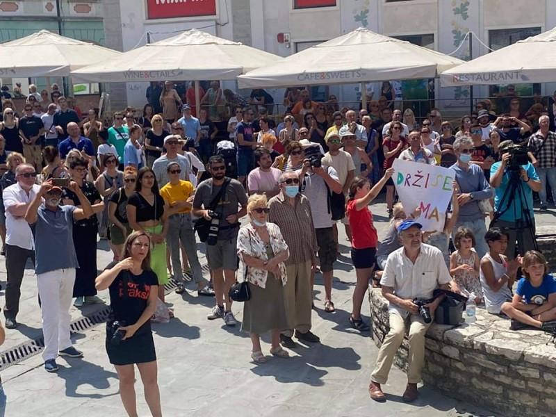 Pula: Tisuću građana i tisuće podrški novinarima Glasa Istre koji su dobili otkaz