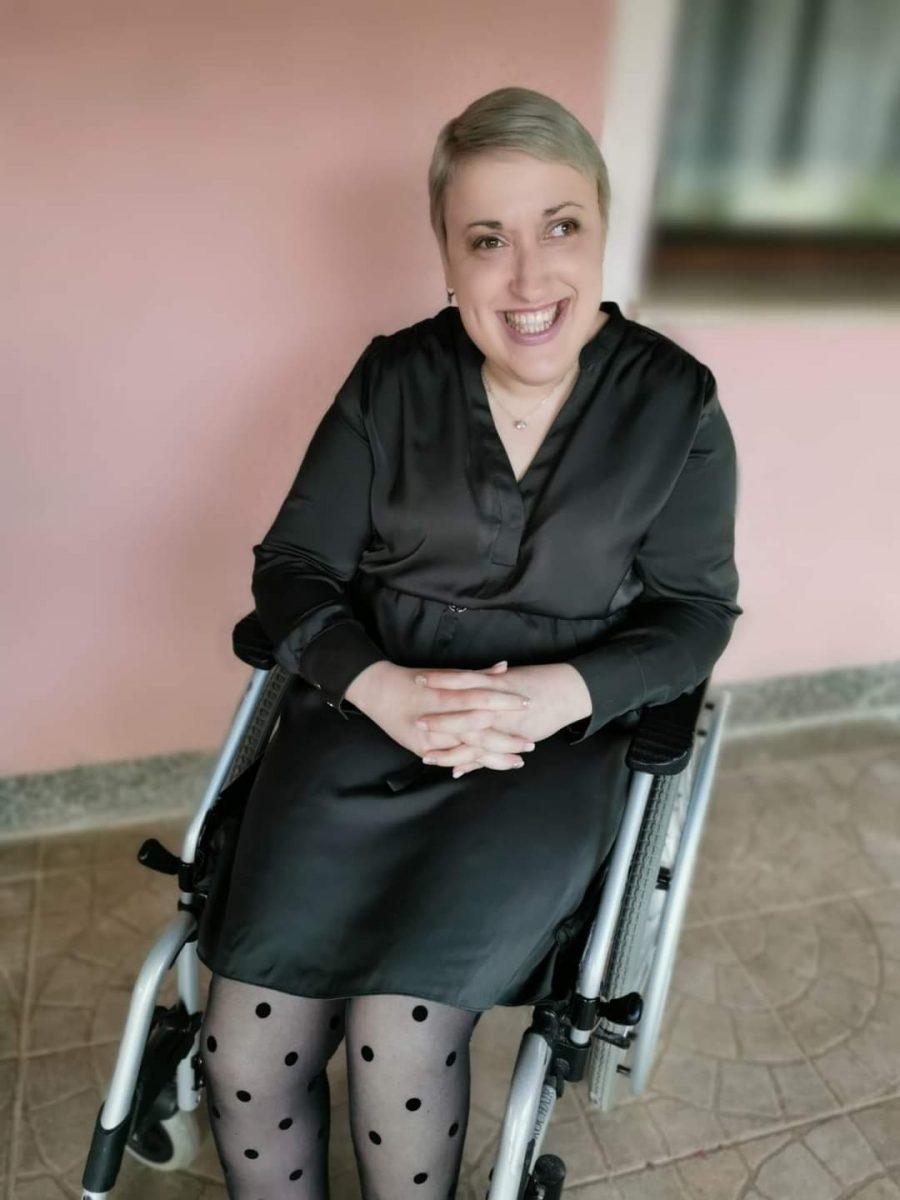 Razgovor/ Anita Blažinović, novinarka: Nedovoljno osoba s invaliditetom će se naći u poziciji donositelja odluka, ali oni koji donose odluke začas se mogu naći u našoj poziciji…