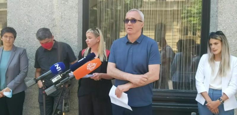 HND: Otkazi novinarima Glasa Istre su sramotni, skandalozni i prvorazredni društveni problem