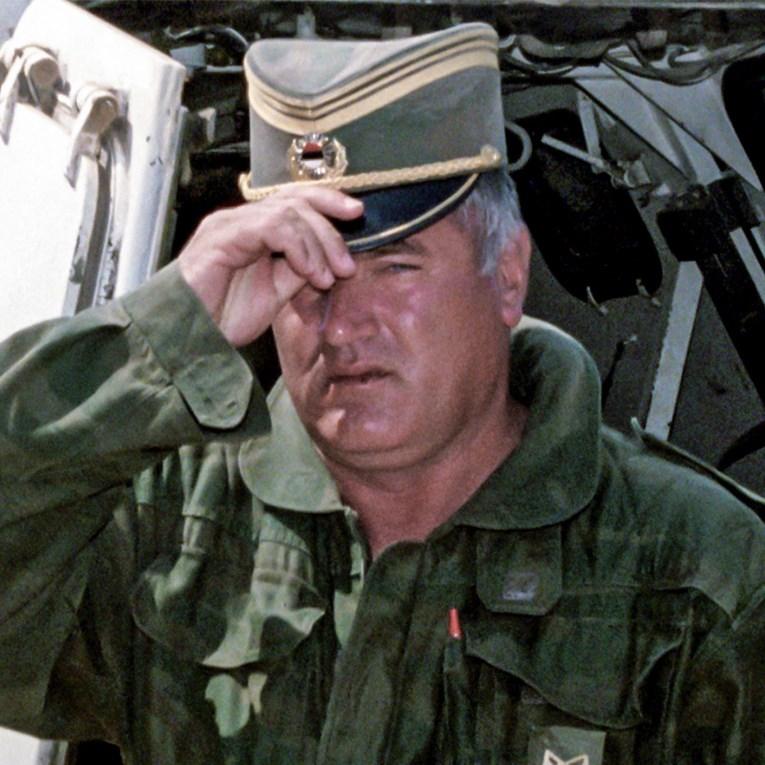 Srpski ratni zločinac Ratko Mladić (78) osuđen na doživotni zatvor – u Srebrenici je ubijeno 8372 muškaraca i dječaka