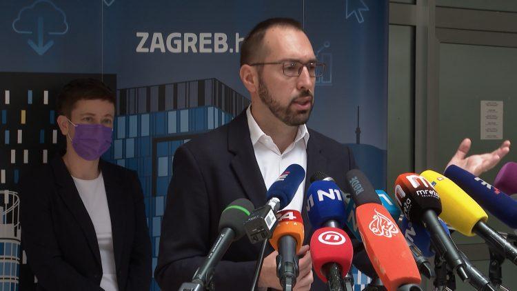 Tomislav Tomašević najavio upola manje naknade članovima školskih odbora, kojima se oduzima i pravo na besplatan parking!