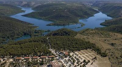 Lozovac, rijeka Krka i njena jezera (foto TZ Šibenik)